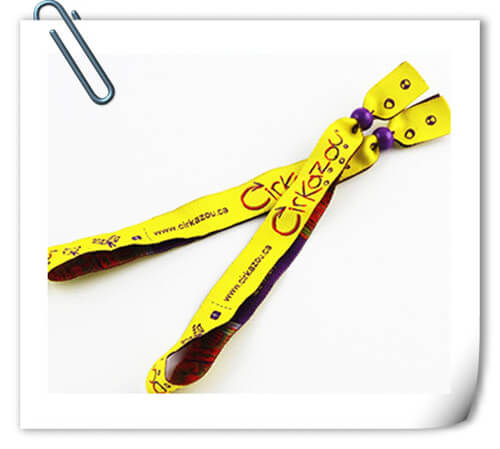 custom cloth wristband